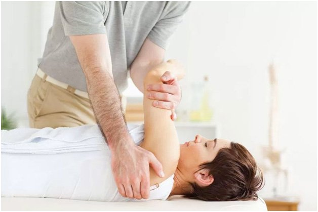 Basics оf Chiropractic Adjustments With A Chiropractor in Surprise Az
